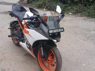 Bike stolen near from Devidanga petrol pump