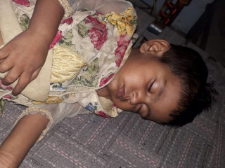 Female kid found near Gandhi Chowk