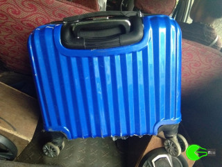 Suitcase lost in a taxi Between Gangtok and Ranipool