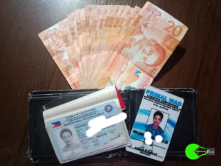Wallet found with cash money and driver's license