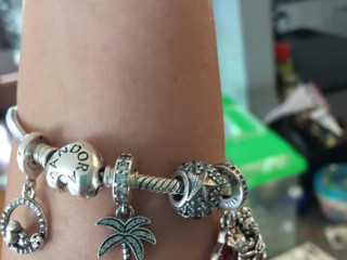 Lost this bracelet in Kissimmee Florida
